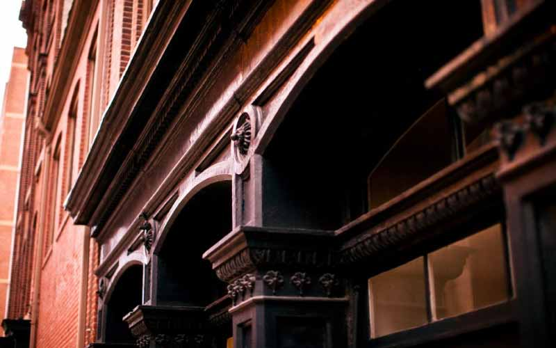 architectural detail on Waterfront I building in Old City