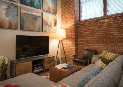 pittsburgh-apartments-dog-friendly-apartments-2-bedroom-shadyside-pittsburgh-900x565